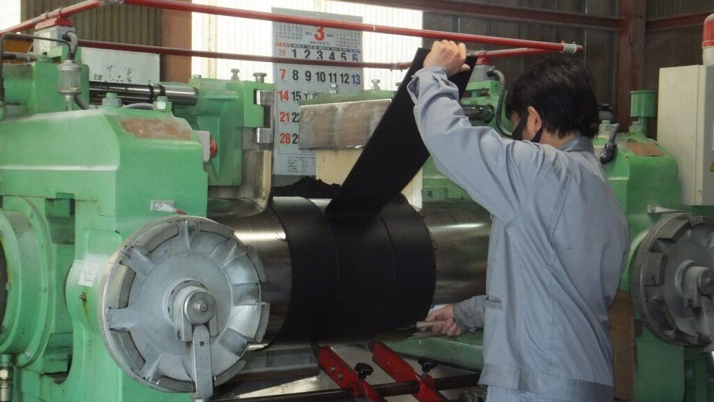ゴム材料練工程